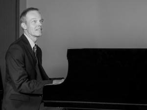 christian-parent-piano-noir-et-blanc
